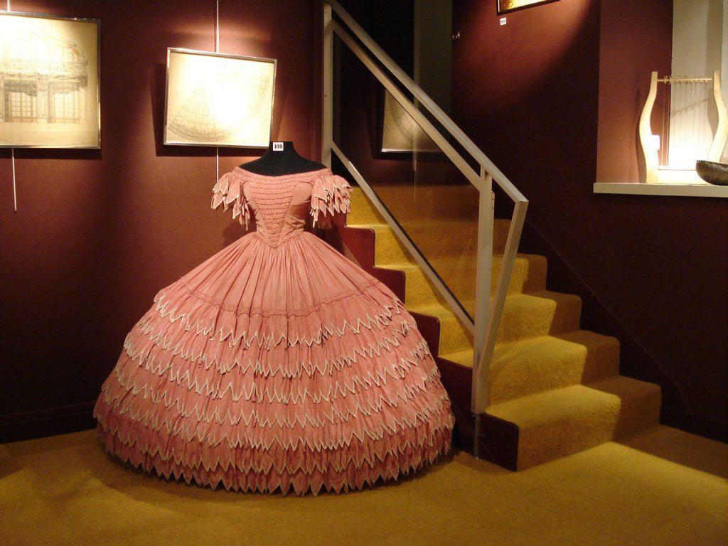 Exposition 2010 Les années 30 à l'Opéra de Vichy - image 1