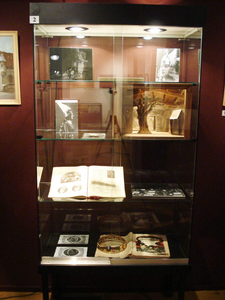 Exposition 2010 Les années 30 à l'Opéra de Vichy - image 3