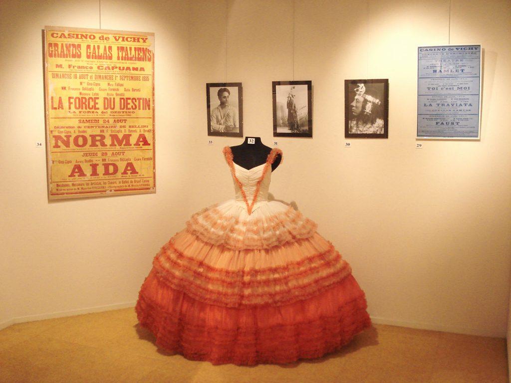 Exposition 2010 Les années 30 à l'Opéra de Vichy - image 4
