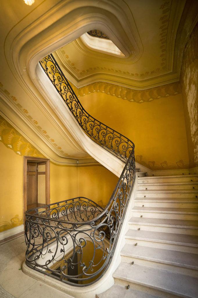L'Opéra de Vichy - escaliers menant au second balcon