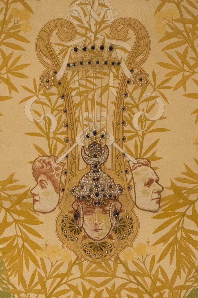 L'Opéra de Vichy - les masques aux retombées de la voûte